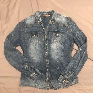 Long sleeve jean blouse 💙